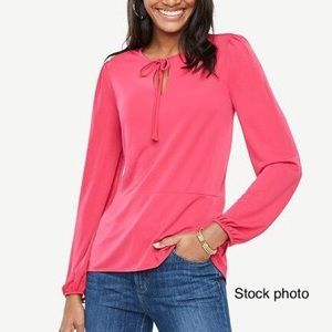 ANN TAYLOR Pink Jersey Keyhole Tie Top, Small